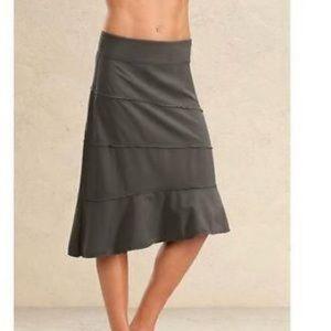 Athleta Crescendo Skirt Medium Black NWT